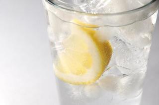 つわり対策に炭酸水は効果的?!妊娠中の炭酸水の効果と摂取についての注意点を知ろう