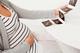 妊娠中にお腹が張るってどんな感じ?妊娠中のお腹の張りの原因・状態・受診のポイント