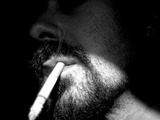 喫煙により男性のY染色体が失われることが明らかに、発癌リスクとの関連も