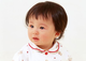 赤ちゃんがいつも涙目なら「先天性鼻涙管閉塞」の可能性:症状とケアの注意点