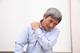 四十肩・五十肩とは|症状・原因・治し方について