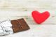 貧血の対処にチョコは有効?チョコが持つ栄養素や体にもたらす働きを解説