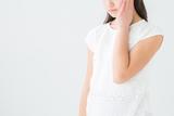 毛のう炎に効く薬はどれ?症状・部位に合わせた市販薬の選び方を解説