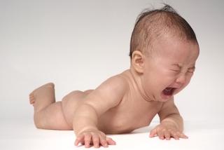 治療に保険がきく「臍ヘルニア(でべそ)」〜新生児の5〜10人に1人は発症する身近な病気です〜