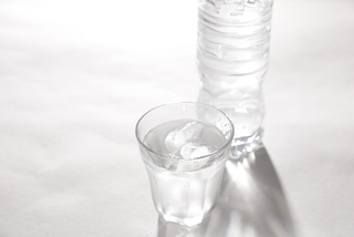 ノロウイルスの治療に1日の絶食が有効?!~最適な食事(食べ物・飲み物)の方法を知ろう~
