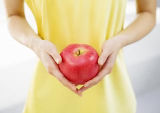 生理中から生理後まで続く下痢!生理で下痢になる原因と仕組みを解説