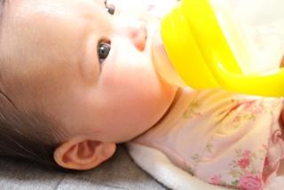 幽門狭窄症(肥厚性幽門狭窄症)は赤ちゃんがミルクを噴水のように吐く病気!症状・治療法について知ろう