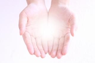 「月経点」は生理のお助け万能ツボ〜月経周期を整え、生理痛を和らげる〜