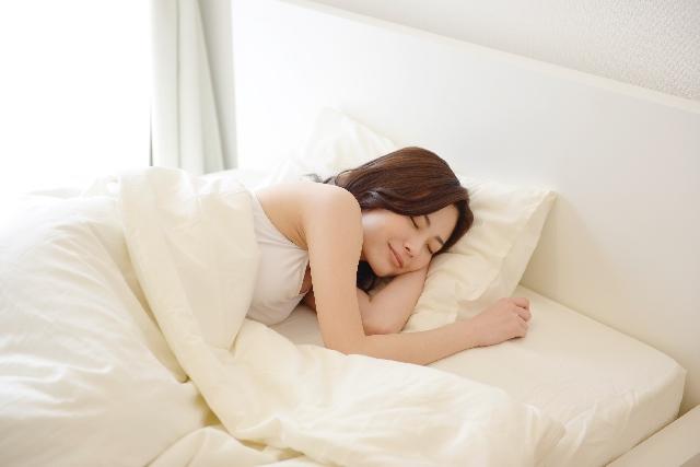 花粉症のモーニングアタック対策!つらい朝のくしゃみや鼻水の原因は?