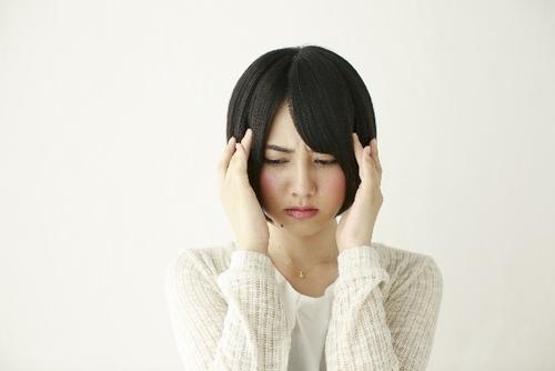 インフルエンザの頭痛を軽くする対処法は?頭痛が残る原因を解説