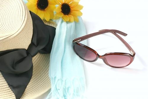紫外線対策グッズ:帽子・メガネ・サングラスの選び方