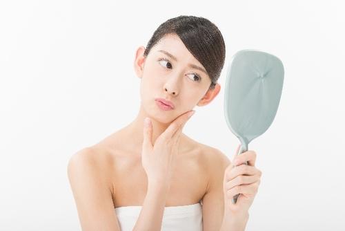 シミを消す・緩和する効果が期待できる市販薬9選!飲むだけ・塗るだけ3歳若いモテ肌に
