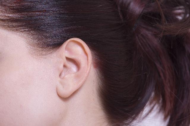 花粉症で耳がかゆくなる?かゆい・痛い・つまる!耳の不調の対処法