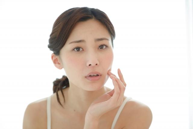 肌荒れを改善する6つの方法!身体の内側と外側からのケアをチェック