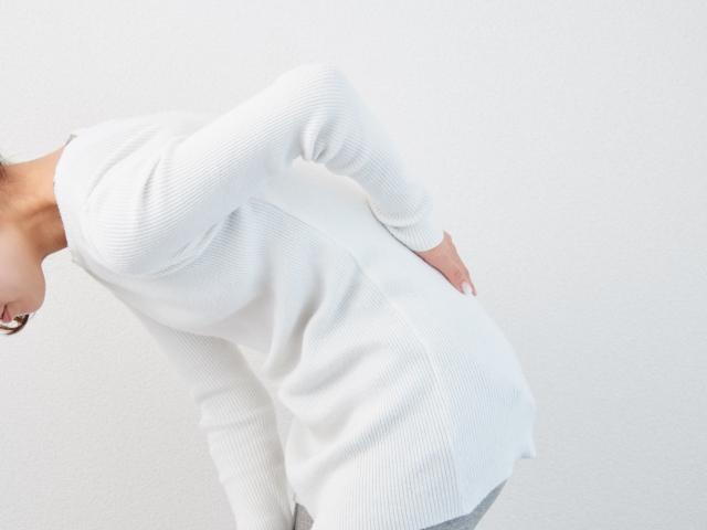 腰痛に効く薬は?おすすめの痛み止めをタイプ別に紹介!