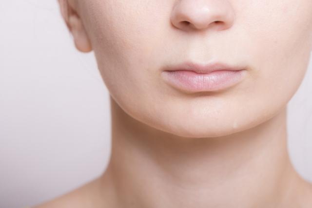治らない口唇炎は病院へ?!何科にいけばいいの?どんな治療法があるの?